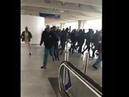 Hundratals migranter ockuperade flygplats i Paris