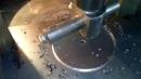 Как вырезать круглое отверстие в металле буром в сверлильном станке