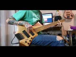 Чб кино bass playthrough