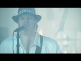 Fall Out Boy feat. John Mayer - Beat It