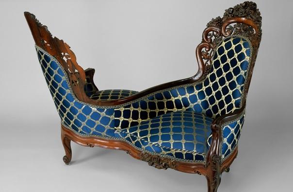 Полюбуйтесь, какую остроумную конструкцию придумали мебельщики XIX века