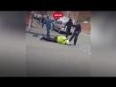 Жестоко избили полицейского