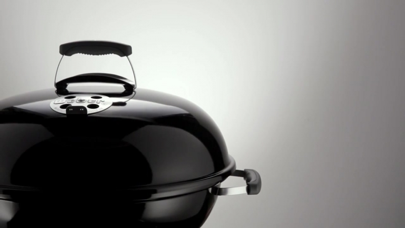 Угольный гриль Weber Compact Kettle