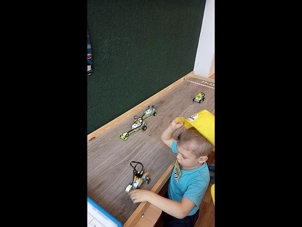 Детский центр робототехники Умник гонки на скоростной трассе смотреть онлайн без регистрации