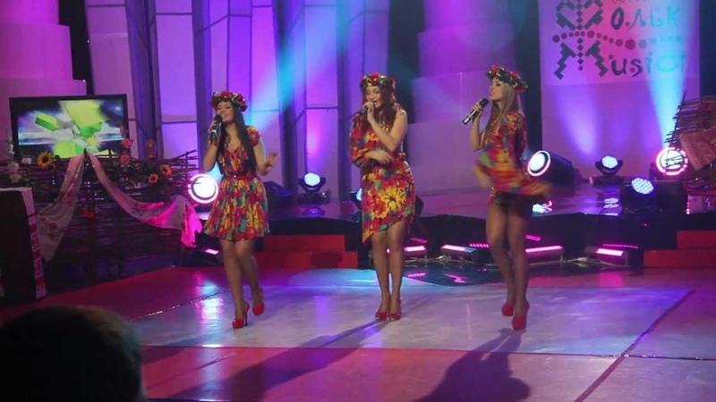 Шоу-група Victoria на Фольк-music
