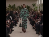 ALINA Bolotina for Valentino. Paris Fashion Week ss19. #auroramodelmanagement #auroramodels #auroragirl #AlinaBolotina #StellaMc