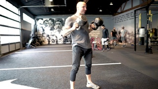 2-4-6-8 Double Kettlebell Complex For Building Lean Muscle
