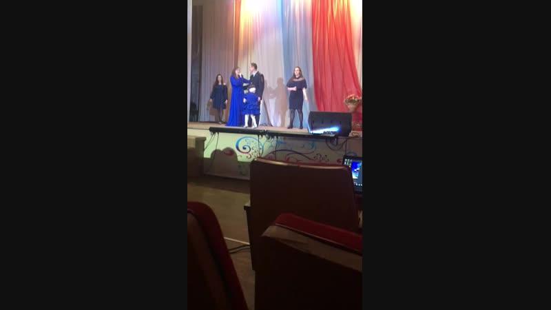Семья Ахмеровых. День Милиции 2018. Лучшая подтанцовка Софии- смотреть всем!))