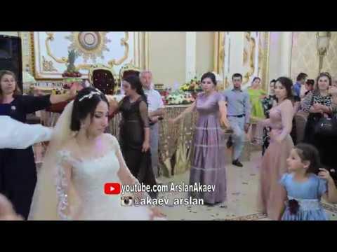 Даргинская свадьба ХАДИЖАТ ОСМАНОВА лезгинка зажигательная