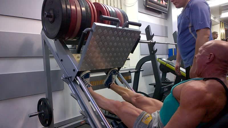 Спортклуб SHPAK GYM ! Тренировка Икр немного увеличил вес .