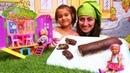 Barbie Steffi ve Chelsea için Mini mutfakta rulo tatlısı