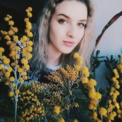 Елена Пчелко