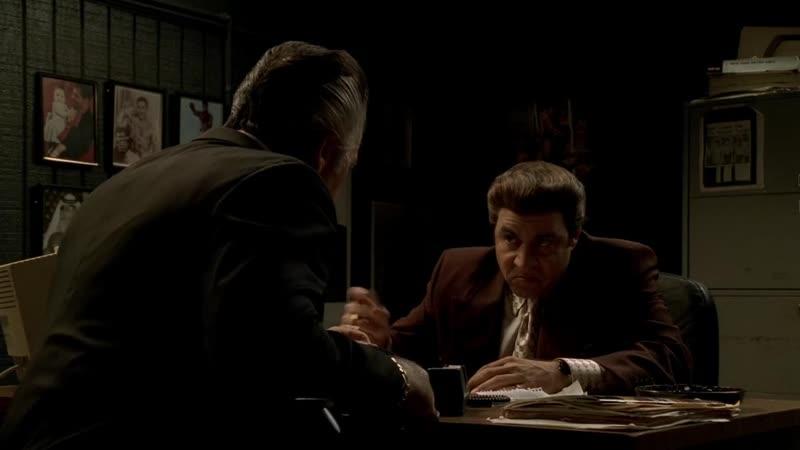 (Клан Сопрано S04E12_11) Разгром ресторана Кармайна, негодование Поли и мгновенная ответочка