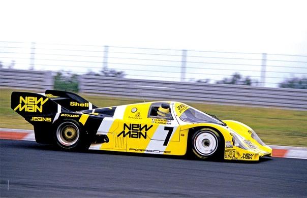 Большая победа Айртона Сенны в маленькой гонке Источник - Небольшая гонка на одинаковых дорожных автомобилях Mercedes-Benz 190E 2.3-16 была приурочена к открытию нового Нюрбургринга, но для