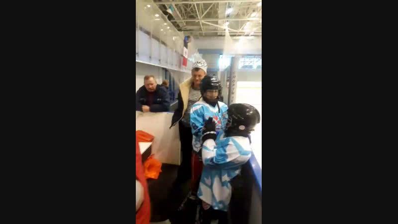 игра между ХК Ягуар п.Ува и ХК Прогресс г.Глазов - турнир по хоккею на кубок Калашникова