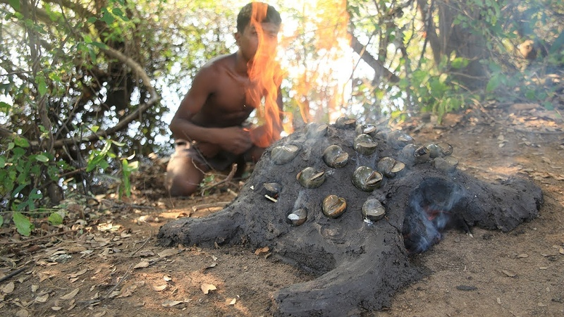 Strange Cooking Snail with Mud Oven Turtle extremely delicious