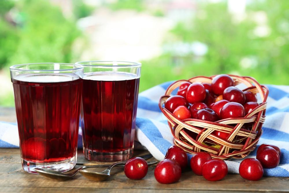 Насколько эффективен вишневый сок от подагры?
