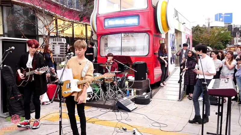 180911 The Rose (더로즈) Sinchon Busking One Ok Rock - Heartache (Cover)