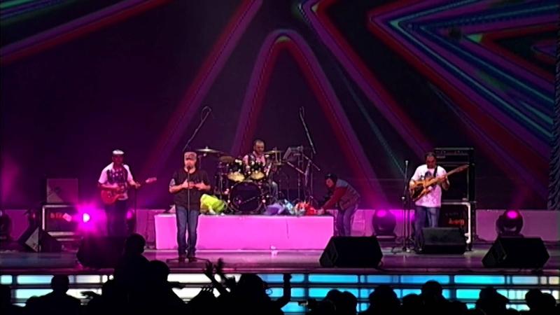 Tata Simonyan - Amenalave Du es Sari tagh Concert in Moscow ©