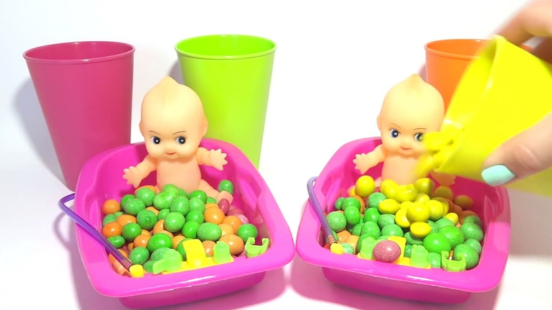 Learn Colors Bubble Gum Baby Doll Poop Training Bath Time With Nursery Rhymes Finger Family Song