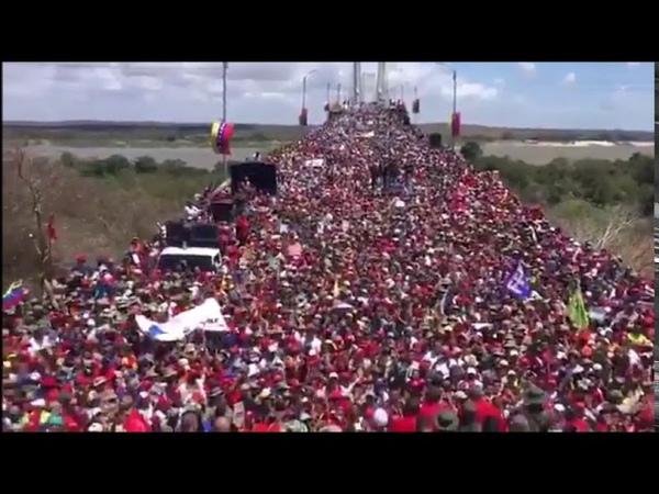 20.02.2019: Milhares de venezuelanos na fronteira com o Brasil contra a invasão imperialista!
