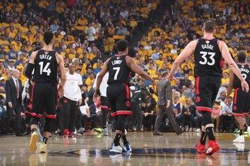 Все пять стартовых игроков «Торонто» набрали в 3-м матче 17+ очков