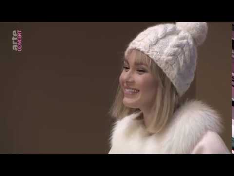 La fille de neige Compet francais - replay du 17 décembre 2017 HD