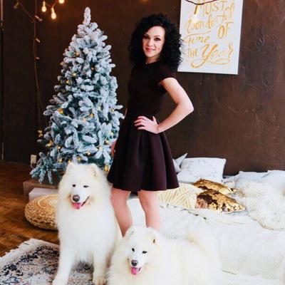 Настюша Михайлова