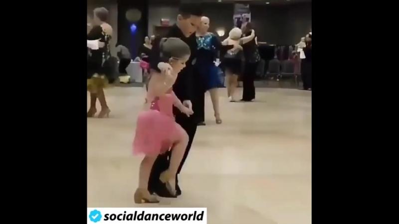 2018_09_04_08_04_05_638_socialdanceworld.mp4