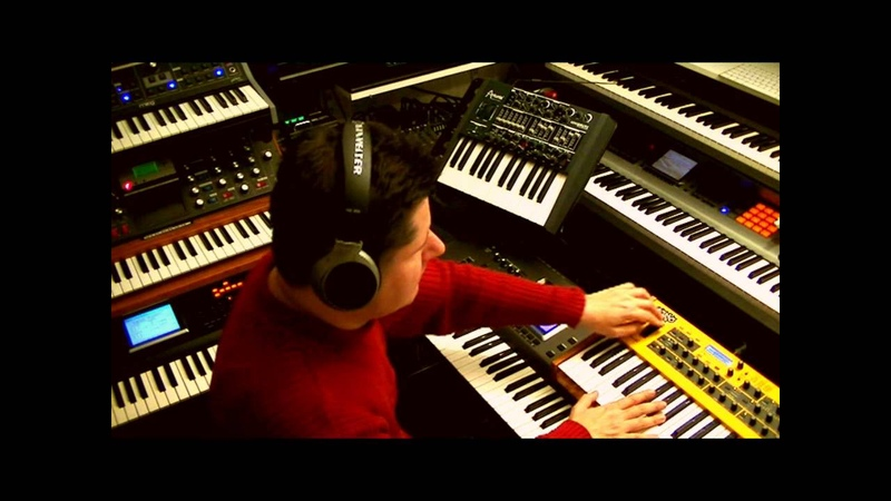 LIVE Analogue Synth Jam with MiniMoog, DSI Mopho, MiniBrute and Moog Little Phatty