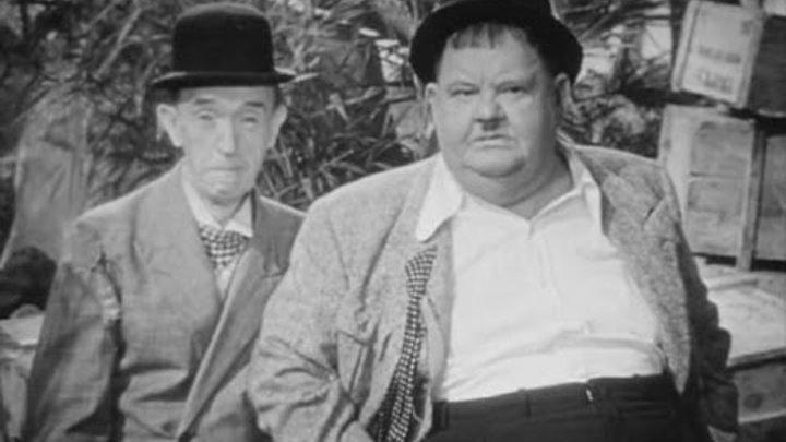 Laurel Hardy Leave 'em Laughing