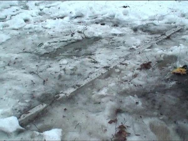 Місце зруйнованого пам'ятника чорнобильцям в Білокуракине 26 12 2010