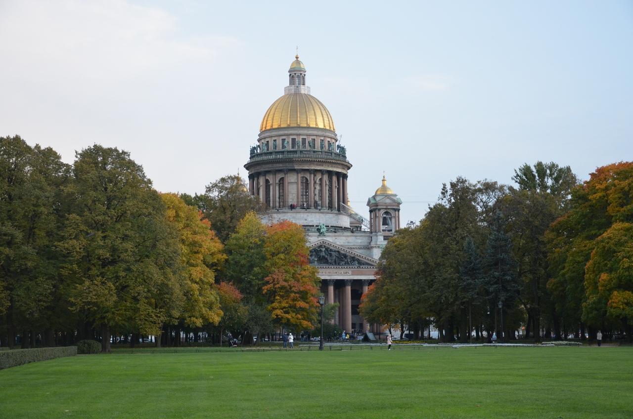 4kA-yKOiovY Сенатская площадь в Санкт-Петербурге.
