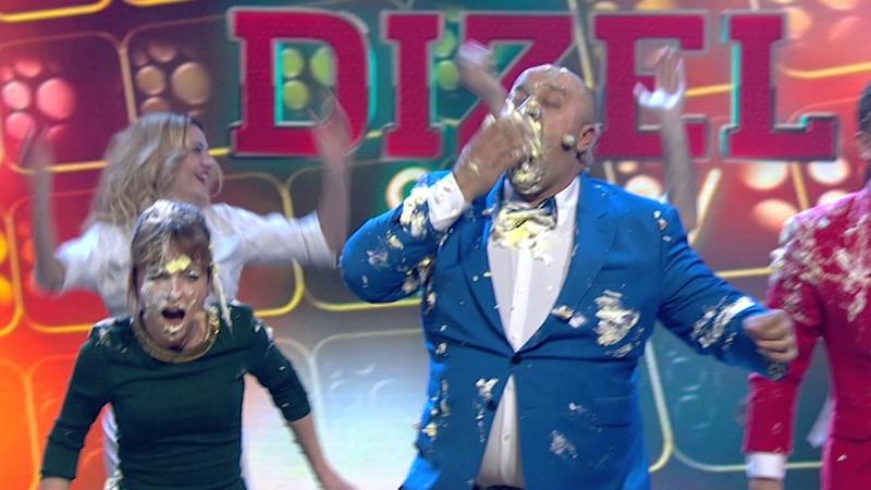 Дизель Шоу 3 года - битва ТОРТАМИ во время эфира | Дизель Студио