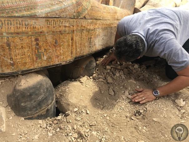 Находка десятилетия: в Египте раскопали 20 деревянных гробниц, которым 3000 лет И они прекрасно сохранились.Неожиданная находка археологов, копавших на территории некрополя Эль-Ассасиф, что