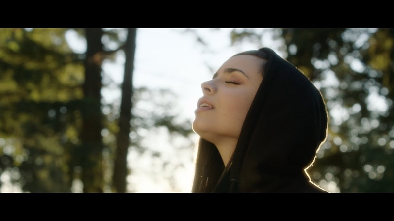 Alan Walker - Different World feat. Sofia Carson, K-391 CORSAK (Vertical Video)