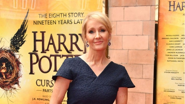 Автора «Гарри Поттера» Джоан Роулинг обокрала личная помощница