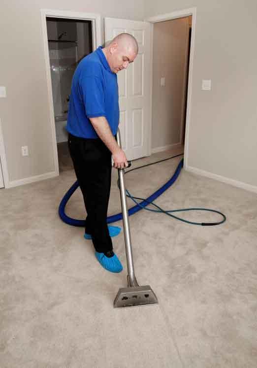 Профессиональный очиститель для ковровых покрытий может использовать промышленные пароочистители промышленного класса