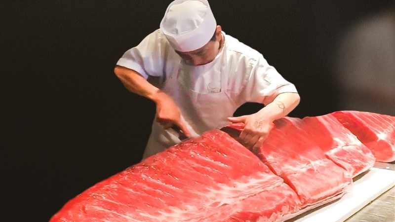 THESE JAPANESE CHEFS HAVE UNREAL KNIFE SKILLS