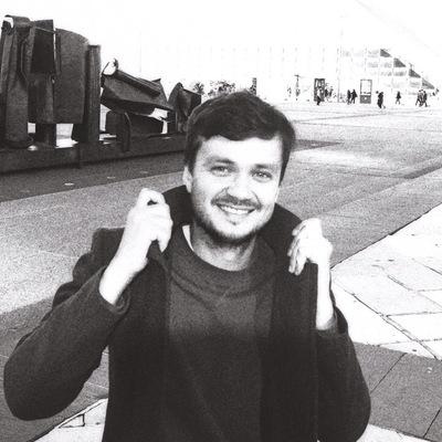 Антон Толстов