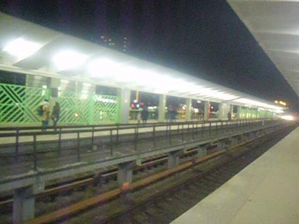 Станция метро Выхино и исторические поезда Еж3