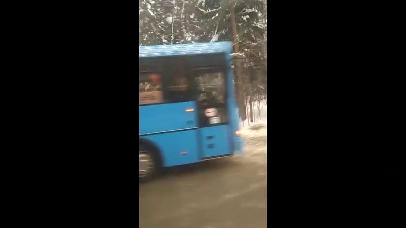 ДТП с автобусом 400Т на Пятницком шоссе 15.02.2018