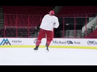 Jeff skinner really busted out the double axel
