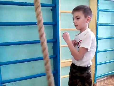 Детская школа Стихия Вин Чунь Н.Новгород. Тренировка точности ударов