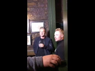 We're live at the jigger inn with musicians ronan keating and tom chaplin!