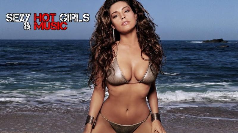 Sexy Hot Girls Music Unison Reality
