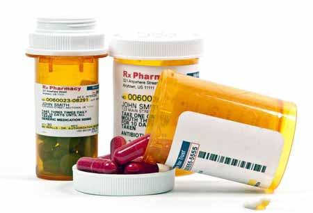 Антациды могут плохо реагировать с другими лекарствами, отпускаемыми по рецепту, а смешивание лекарств может вызывать различные симптомы.