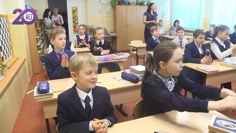 Чиновники обратили внимание на объемы домашнего задания:нагрузка на школьников больше,чем у взрослых