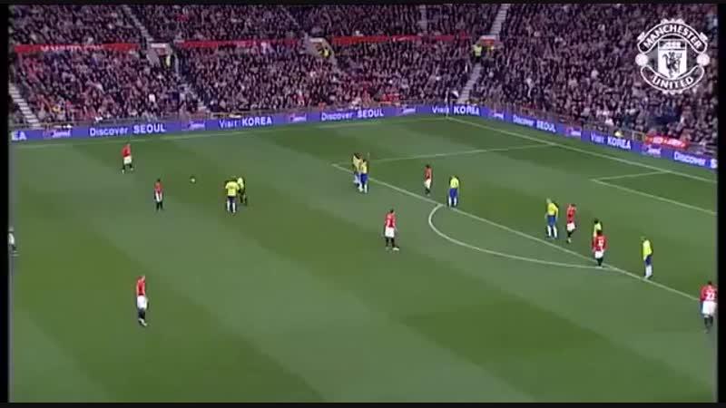 100-й гол Роналду за «Манчестер Юнайтед»    Давайте вспомним этот прекрасный штрафной удар в исполнении CR7😍