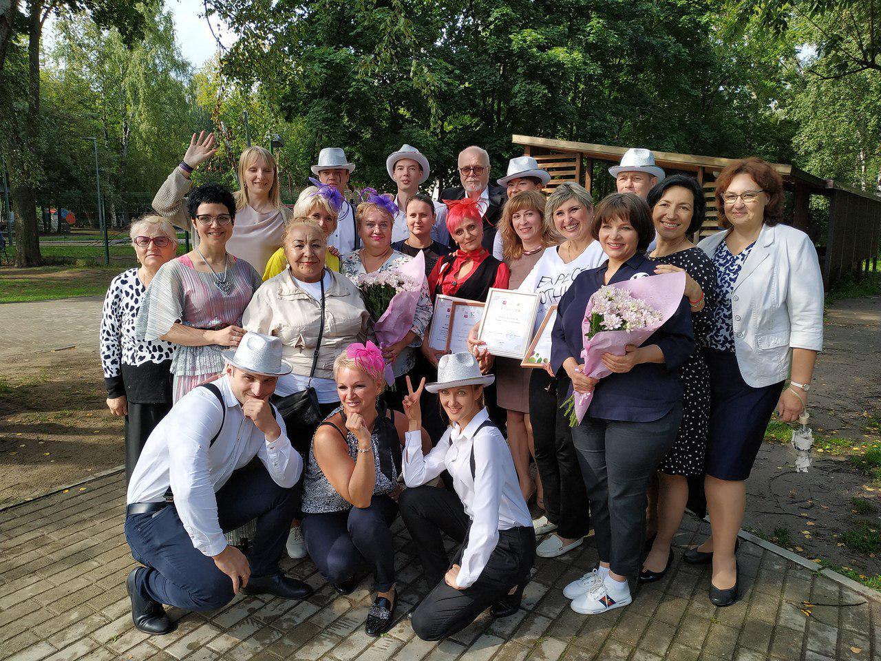 Представители проекта «Московское долголетие» из Некрасовки приняли участие в окружном конкурсе «Красавица «Московского долголетия»